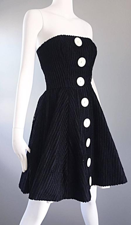 Vintage Christian Lacroix Black and White Fit n' Flare Strapless Button Dress  For Sale 4