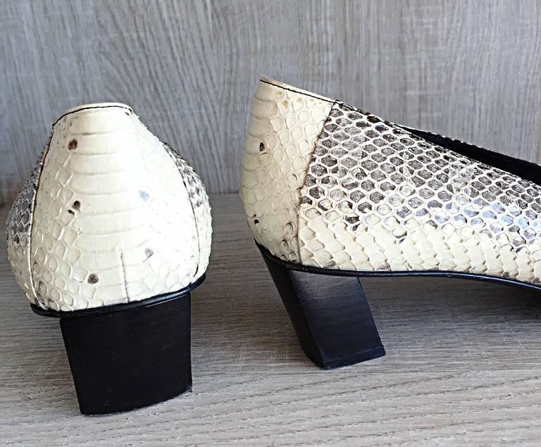 Women's Roger Vivier Limited Edition Python Snakeskin Size 40 / 10 ' Belle ' Low Pumps For Sale