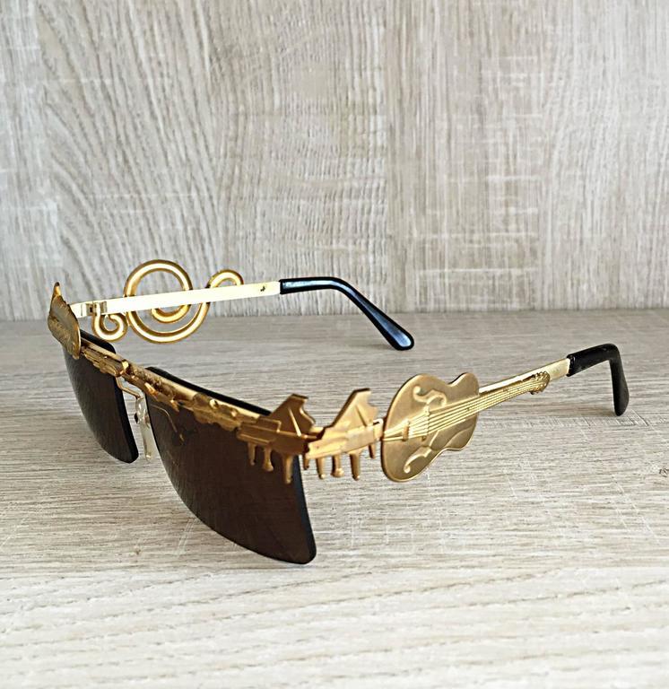 Women's or Men's Rare Vintage Mercura Novelty ' Pianos + Horns + Music Notes ' Unisex Sunglasses For Sale