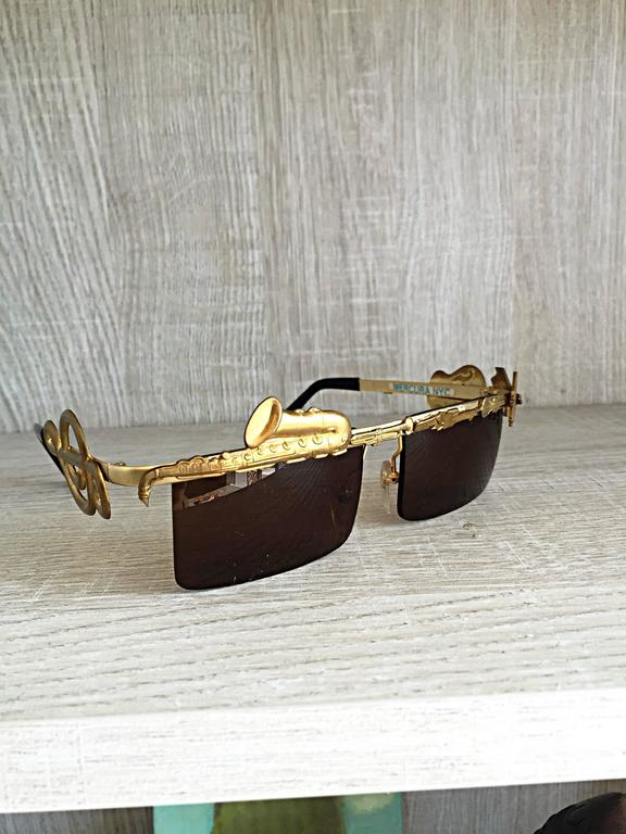 Rare Vintage Mercura Novelty ' Pianos + Horns + Music Notes ' Unisex Sunglasses For Sale 1