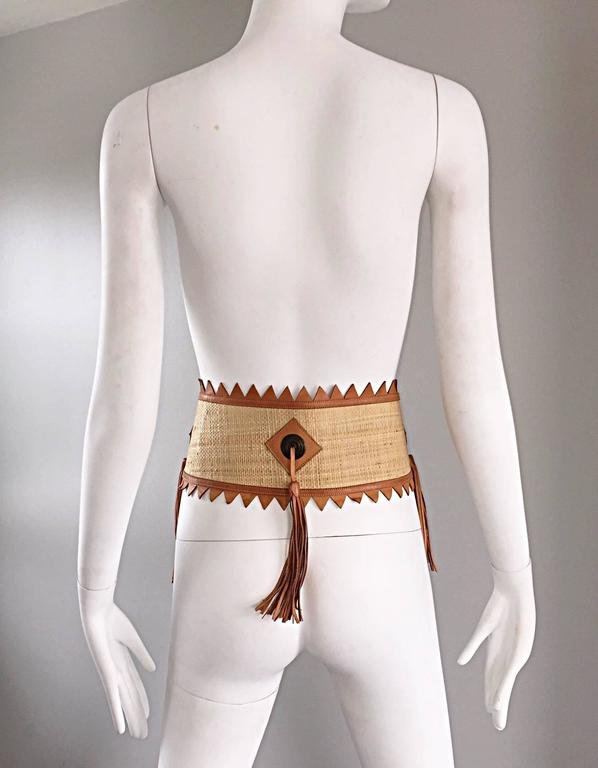 Chic 1970s Tan Saddle Leather and Straw 70s Boho Belt w/ Leather Fringe Tassels  8