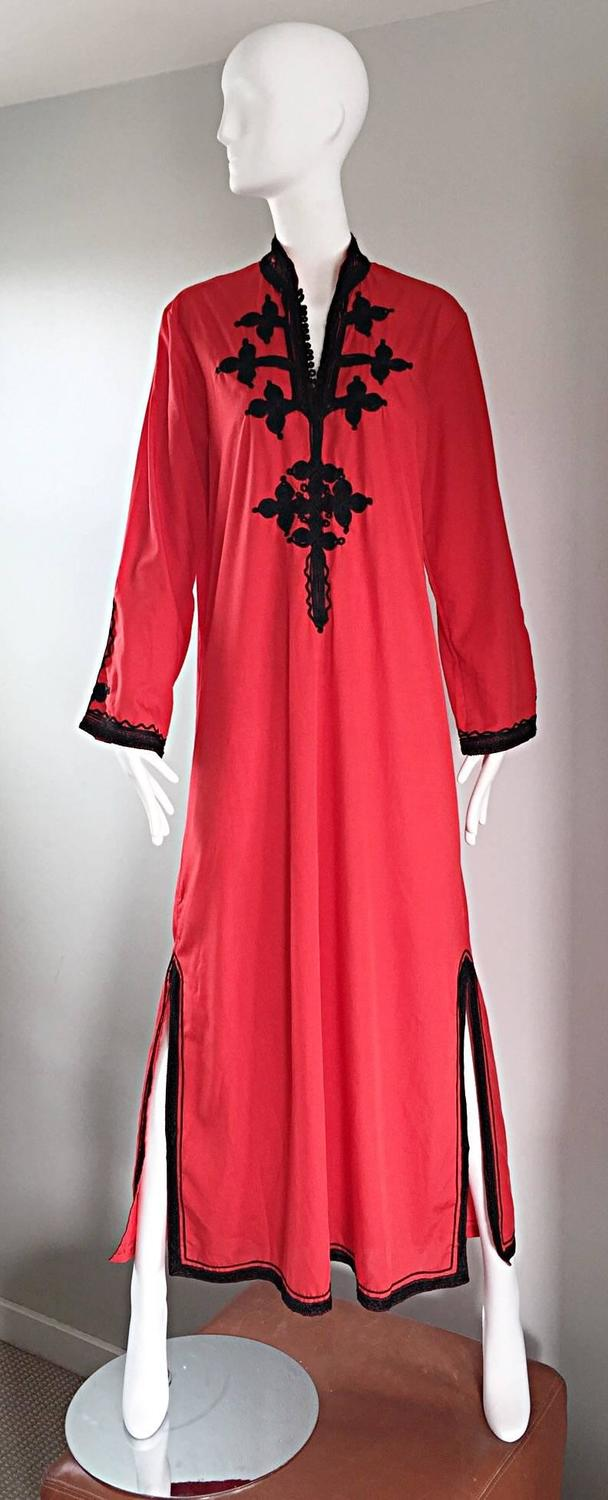 Vintage Neiman Marcus 1970s Red And Black Asian Inspired