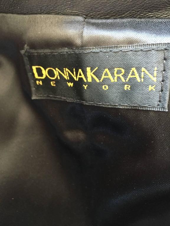 Vintage Donna Karan Black Lambskin Leather 1990s 90s Fitted Moto Vest Size 4 For Sale 6