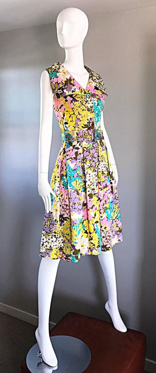 Tori Richard 1960s Flower Printed Vintage Hawaiian 60s / 70s Belted Shirt Dress  For Sale 2
