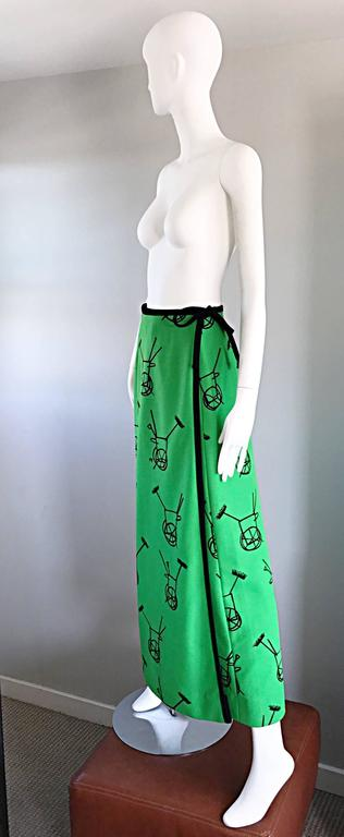 1970s VESTED GENTRESS Kelly Green Novelty ' Wheelbarrow ' Vintage Maxi Skirt  For Sale 1