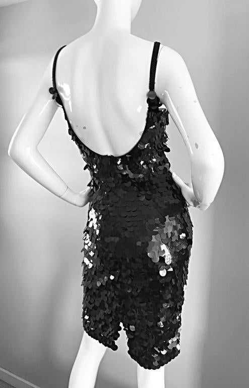 Vintage Saks Fifth Avenue Sz 8 Black Pailletes Sequined Beaded 90s Bodycon Dress For Sale 4