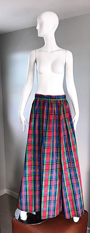 Chic 1960s Tartan Plaid Vintage 60s Taffeta Red + Green + Blue Long Full Skirt 8