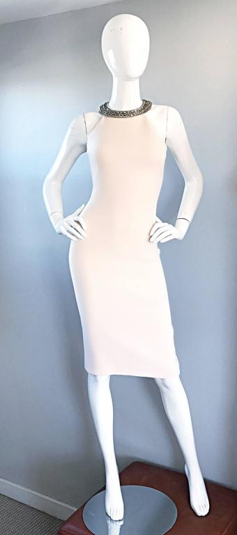 Beige Michael Kors Collection Ivory Size 6 Grecian Silver Chain Neck Wool Runway Dress For Sale