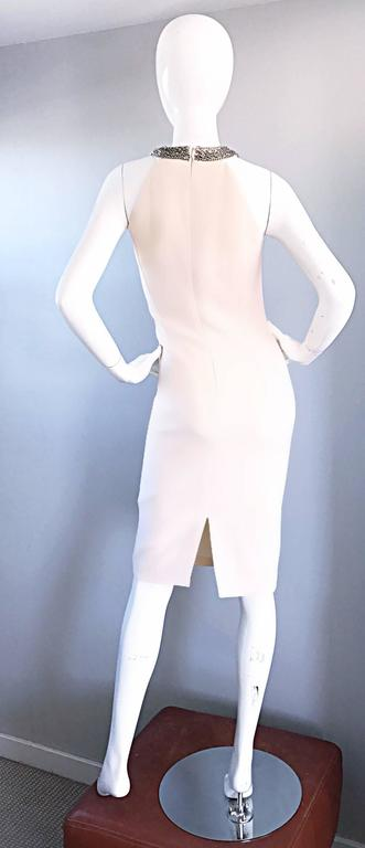 Michael Kors Collection Ivory Size 6 Grecian Silver Chain Neck Wool Runway Dress In Excellent Condition For Sale In Chicago, IL