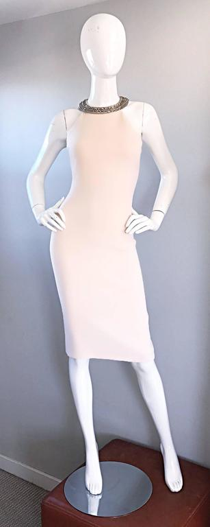 Michael Kors Collection Ivory Size 6 Grecian Silver Chain Neck Wool Runway Dress For Sale 2