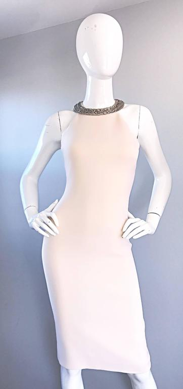 Michael Kors Collection Ivory Size 6 Grecian Silver Chain Neck Wool Runway Dress For Sale 4