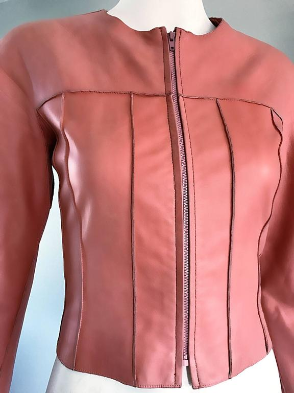 Women's Vintage Chanel Bubblegum Pink Leather Spring Summer 1999 Runway Cropped Jacket For Sale