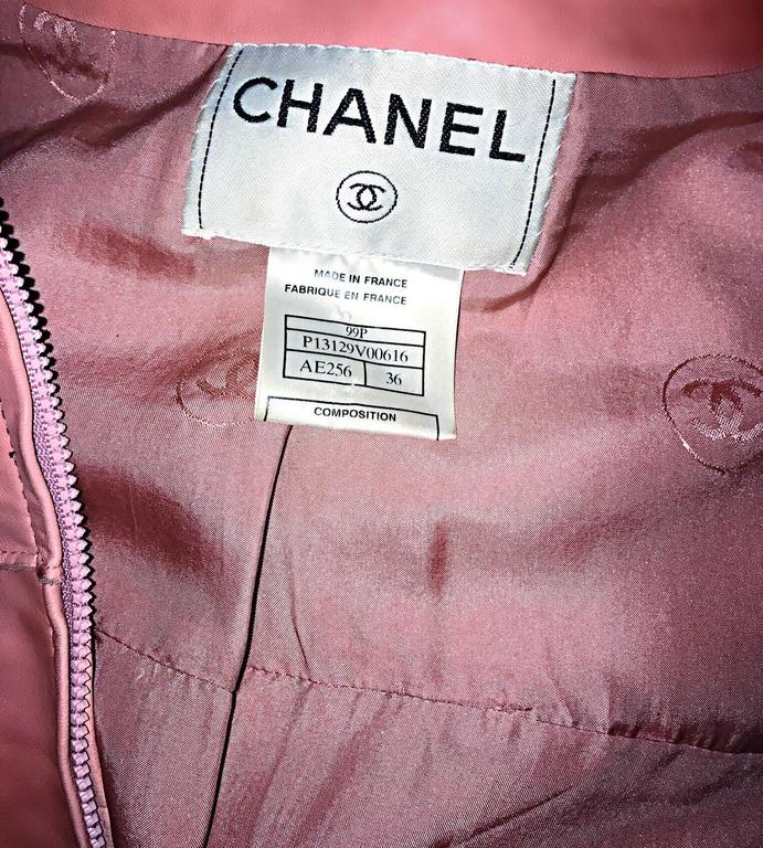 Vintage Chanel Bubblegum Pink Leather Spring Summer 1999 Runway Cropped Jacket 10
