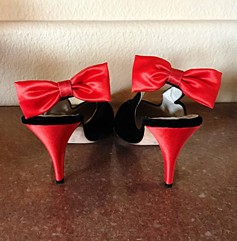 Vintage Escada Never Worn Red and Black Sz 9.5 Christmas Holiday Heels / Shoes 8