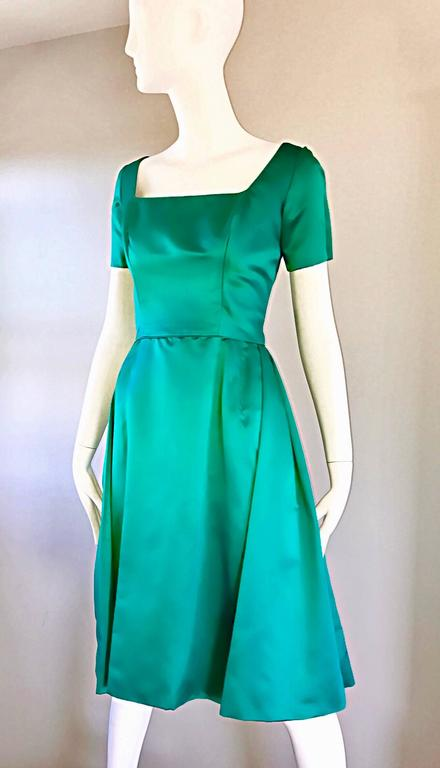 Beautiful 1950s Michael Novarese Kelly Green Silk Satin