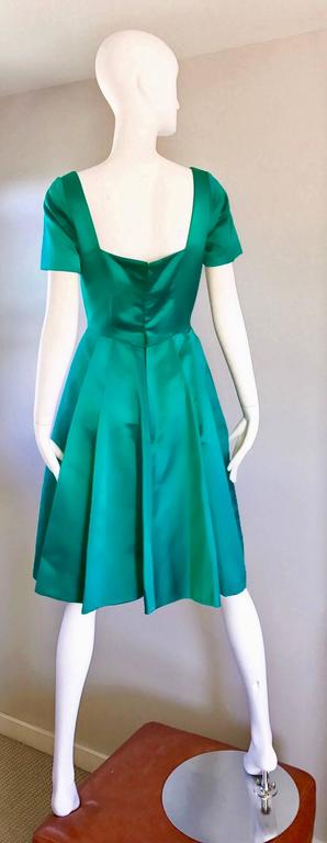 Beautiful 1950s Michael Novarese Kelly Green Silk Satin Fit n' Flare 50s Dress  6