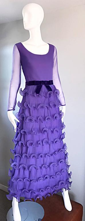 Chic 1970s ELLIETTE LEWIS Lavender Purple Chiffon Long Sleeve Regal Maxi Dress For Sale 2