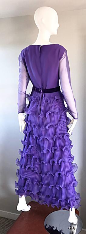 Chic 1970s ELLIETTE LEWIS Lavender Purple Chiffon Long Sleeve Regal Maxi Dress For Sale 3