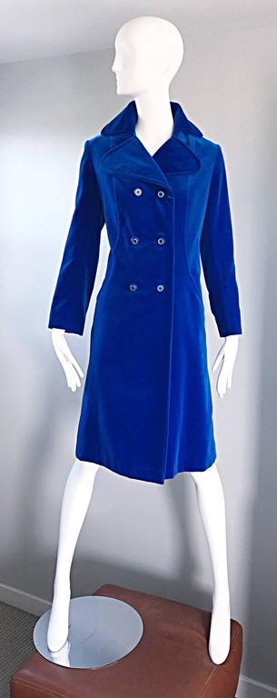 1960s Surrey Classics Cerulean Royal Blue Velvet Double Breasted Jacket Coat  2