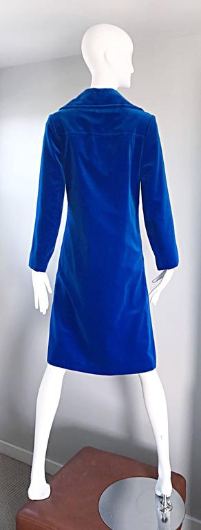 1960s Surrey Classics Cerulean Royal Blue Velvet Double Breasted Jacket Coat  4