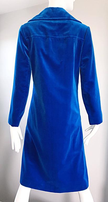 1960s Surrey Classics Cerulean Royal Blue Velvet Double Breasted Jacket Coat  7