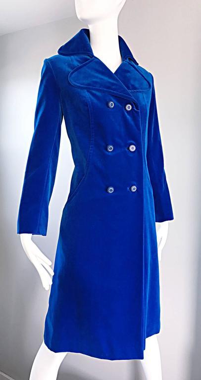1960s Surrey Classics Cerulean Royal Blue Velvet Double Breasted Jacket Coat  8