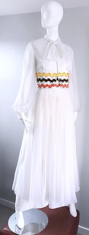 Vintage Oscar de la Renta 1970s Rare 3 Piece White Jumpsuit w/ Pants and Vest  For Sale 1