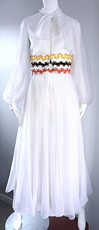 Vintage Oscar de la Renta 1970s Rare 3 Piece White Jumpsuit w/ Pants and Vest  For Sale 4