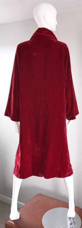 1920s Silk Velvet Blood Red Vintage 20s Luxurious Opera Flapper Jacket Coat For Sale 2