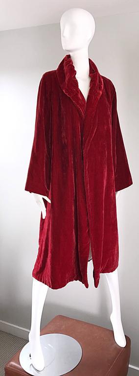 1920s Silk Velvet Blood Red Vintage 20s Luxurious Opera Flapper Jacket Coat For Sale 4