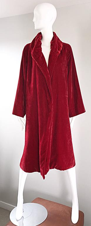 1920s Silk Velvet Blood Red Vintage 20s Luxurious Opera Flapper Jacket Coat For Sale 5