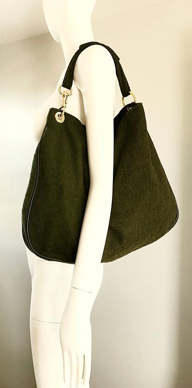 1970s Joseph Magnin Hunter Green Made in Italy Wool XL Hobo Vintage Shoulder Bag For Sale 4