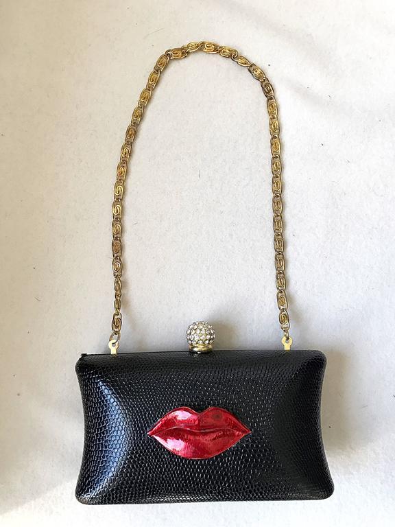 Rare Iris Lane Vintage 90s Black Red Lips Lizard Minaudière Convertible Clutch  For Sale 3