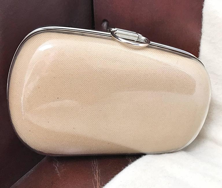 Rare 1990s Isaac Mizrahi Nude Tan Plexiglass Minaudière Finger Clutch Bad Purse For Sale 1