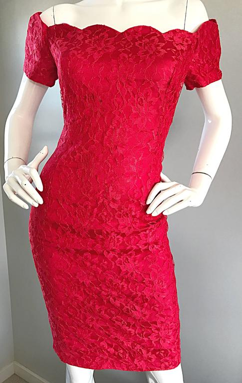 1990s Insanely Sexy Lipstick Red French Lace Off The Shoulder Scalloped Dress For Sale 3
