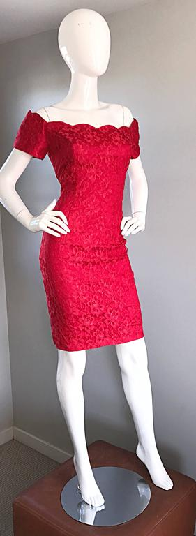 1990s Insanely Sexy Lipstick Red French Lace Off The Shoulder Scalloped Dress For Sale 4