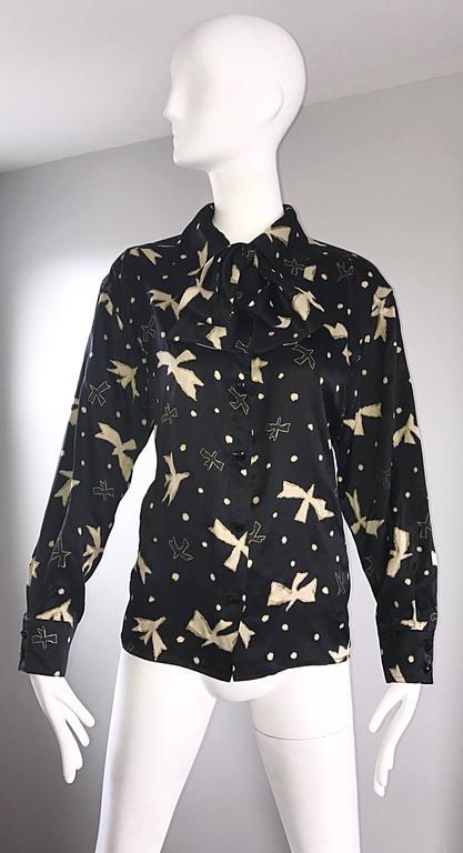 Emanuel Ungaro Vintage Black and White 1990s Bird Print Pussycat Bow Silk Blouse 2