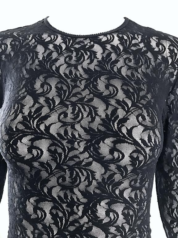 1990s Calvin Klein Black Lace Vintage Bodycon Sexy 90s Crop Top Blouse In Excellent Condition For Sale In Chicago, IL