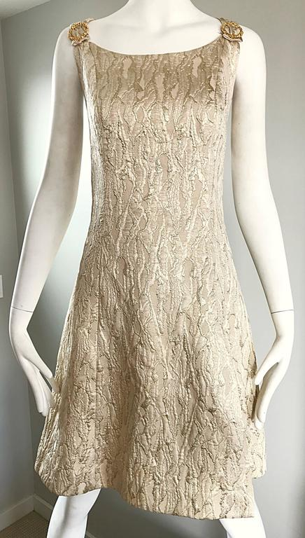 1960s Chic Gold Silk Brocade Metallic Vintage 60s A - Line Fit n' Flare Dress  For Sale 4