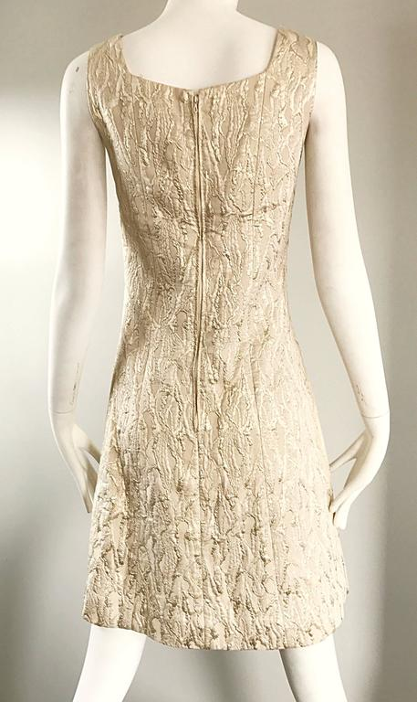 1960s Chic Gold Silk Brocade Metallic Vintage 60s A - Line Fit n' Flare Dress  For Sale 5
