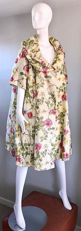 Women's Lillie Rubin Floral Silk Vintage Trapeze Swing Opera Jacket Coat, 1950s  For Sale