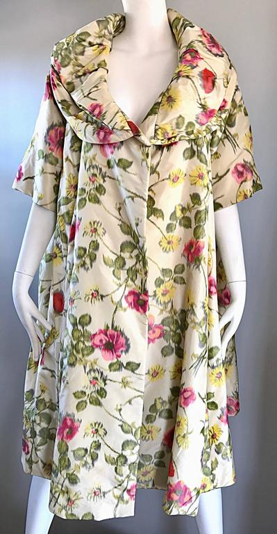 Lillie Rubin Floral Silk Vintage Trapeze Swing Opera Jacket Coat, 1950s  For Sale 1
