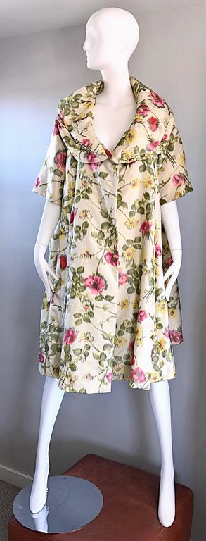 Lillie Rubin Floral Silk Vintage Trapeze Swing Opera Jacket Coat, 1950s  For Sale 3