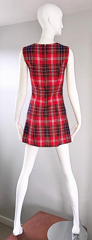 1960s Tartan Plaid Mod Vintage 60s Wool A - Line Chic Mini Skooter Dress  For Sale 4