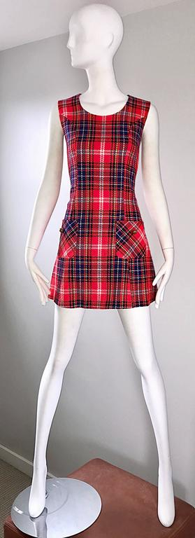 1960s Tartan Plaid Mod Vintage 60s Wool A - Line Chic Mini Skooter Dress  For Sale 5