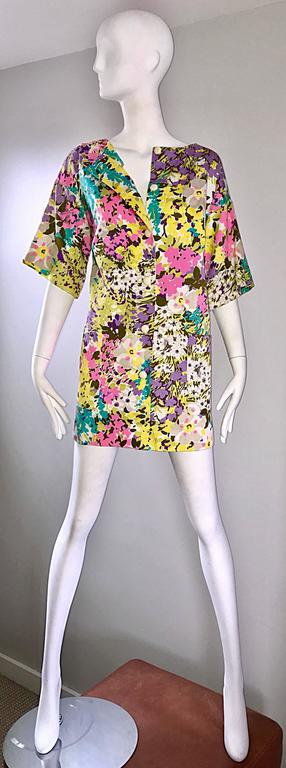 Chic 1960s Tori Richard for I Magnin Colorful Vintage Mini Dress or Swing Jacket For Sale 2