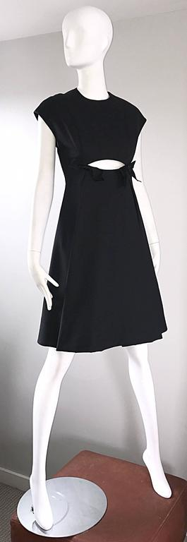 Geoffrey Beene 1960s Rare Black Silk Cut - Out Space Age A - Line Vintage Dress For Sale 3