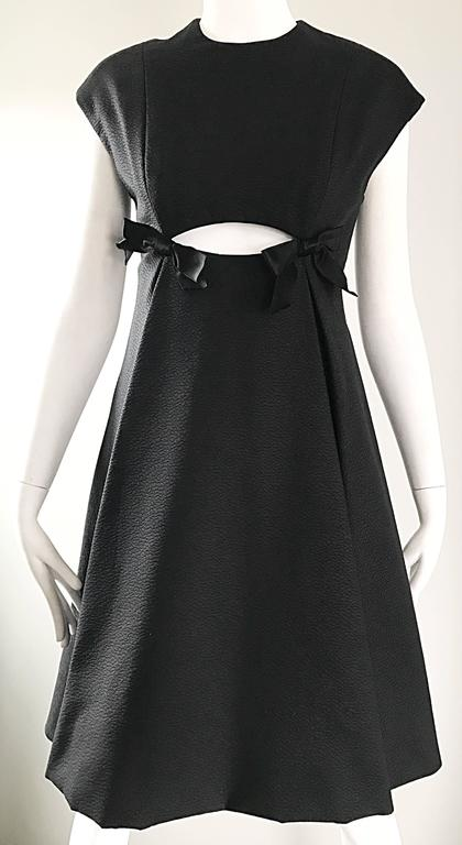 Geoffrey Beene 1960s Rare Black Silk Cut - Out Space Age A - Line Vintage Dress For Sale 2