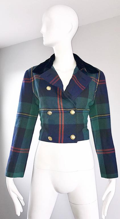 Women's Chic 1990s Ralph Lauren Purple Label Tartan Plaid Vintage Cropped Wool Jacket  For Sale