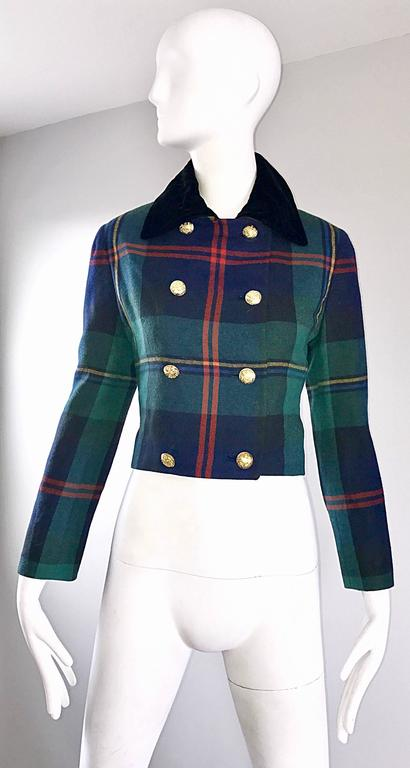Chic 1990s Ralph Lauren Purple Label Tartan Plaid Vintage Cropped Wool Jacket  For Sale 4
